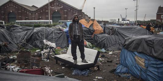 4480829_3_3e09_un-camp-de-migrants-rue-lamy-a-calais_753774c3b97fddd704ee65090e89bbdd